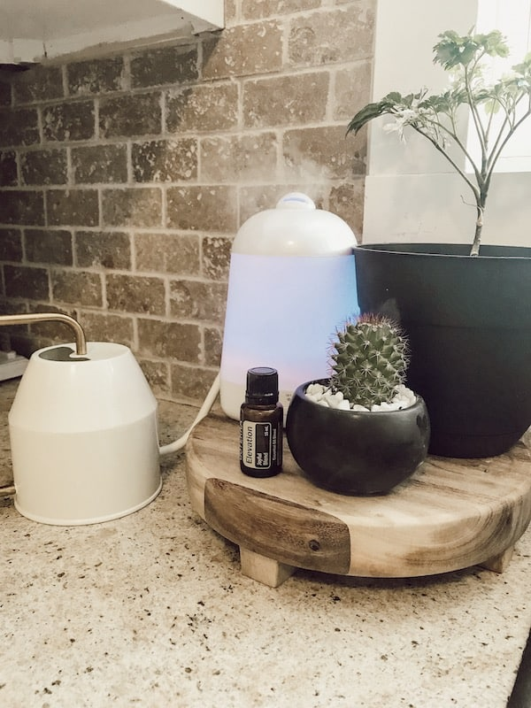essential oil diffuser with jar