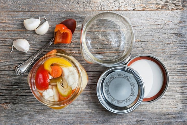 canning and preserving vegetables