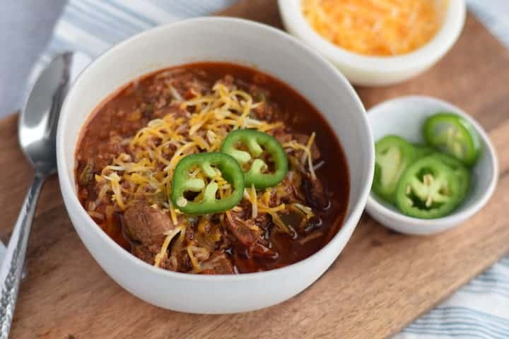 Ninja Foodi chili in a white bowl
