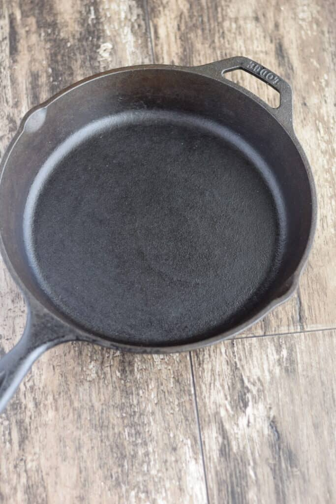 clean and seasoned cast iron skillet